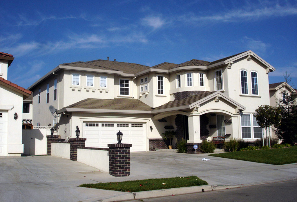 large house for family 5